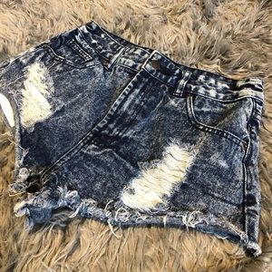 FOREVER 21 - high waisted jeans shorts